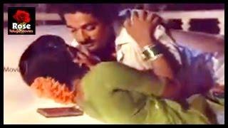 getlinkyoutube.com-Radha, Sulakshana First Night Scene with Kamal Hassan - Jalsa Raidu Telugu Movie