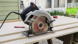 getlinkyoutube.com-Perfect Cuts With A Circular Saw - 200