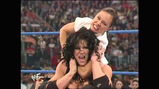 getlinkyoutube.com-2001 04 12 SD (5)   Debra + Stephanie McMahon + Chyna vs  Ivory