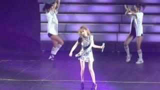 getlinkyoutube.com-YG Family Concert in Singapore 2014  - 2NE1 - Gotta Be You