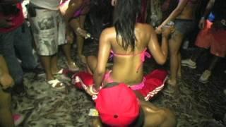 getlinkyoutube.com-Foam Party-battle of the bikinis