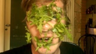 HOW TO BE A SALAD!
