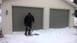 getlinkyoutube.com-Easy Snow Shoveling With Rope & Handle Add On.