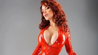 getlinkyoutube.com-Bianca Beauchamp - Red Latex Queen
