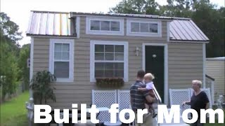 getlinkyoutube.com-Dan Louche's Tiny House on a Trailer with no Sleeping Loft