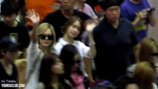 getlinkyoutube.com-130719 Yoonsic in Taiwan Taoyuan Airport