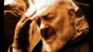 getlinkyoutube.com-La benedizione di P.Pio, dalla sua viva voce