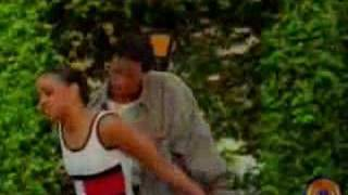 Tanto Metro - Everyone Falls In Love