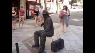 getlinkyoutube.com-Trick the man sitting on air