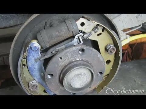 ... Xsara. Замена тросиков ручника и барабанных тормозных колодок