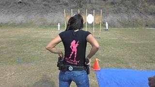 getlinkyoutube.com-Gabby Franco Shooting USPSA in Miami Florida Stage #3 with a Glock 17