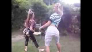 getlinkyoutube.com-Bailando con mi hermanita PARTE 1