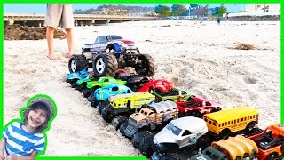 getlinkyoutube.com-RC Monster Truck CRUSHES Toy Monster Trucks!💥