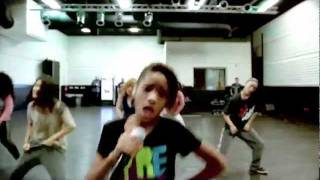 getlinkyoutube.com-Willow Rehearsing for X Factor USA