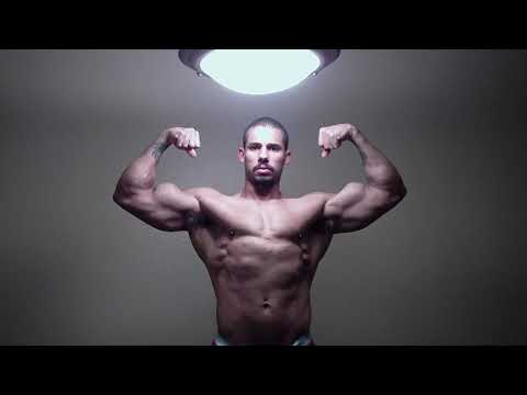 Bodybuilder Posing and Flexing - Samson Williams 2-16-2012