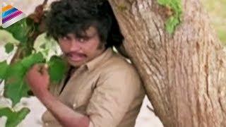 getlinkyoutube.com-Rajinikanth and Sridevi Take Shower Together | Romantic Scene Of The Day | Bandipotu Simham Movie