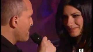 getlinkyoutube.com-TE AMARE - Laura Pausini & Miguel Bosé