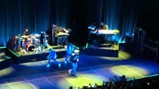 getlinkyoutube.com-Chris Brown- Fine By Me (Live in SF)