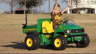 getlinkyoutube.com-Toy Tractor Videos for Children - Peg Perego John Deere Gator at the Park
