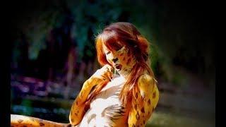getlinkyoutube.com-Body Painting Leopard by Simone Canal & Rie Moon
