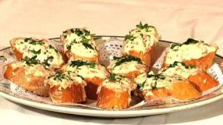 getlinkyoutube.com-Montadito de jamón serrano con mayonesa / Serrano (cured) ham canapés with mayonnaise sauce
