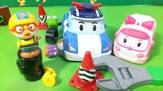 getlinkyoutube.com-뽀로로의 폴리 고치기! 로보카폴리 전동공구놀이 ★뽀로로 장난감 애니 Pororo & Robocar Poli Electric Drivers Toys