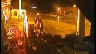 getlinkyoutube.com-oil rig anchor chain snaps near death