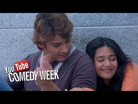 Amrita Rao Offers Liquor to Mahesh Babu Comedy Scene in Athidi Telugu Movie