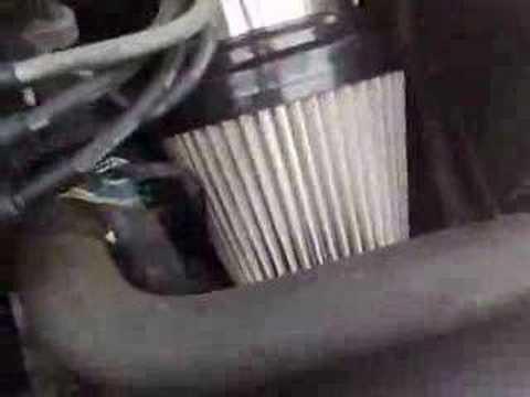 Расположение воздушного фильтра у Ford Проба