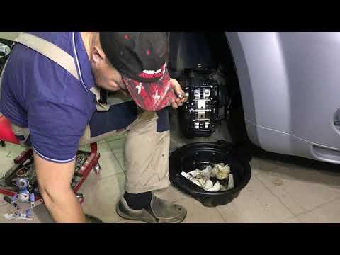 Где находятся передние тормозные диски в Peugeot 4007