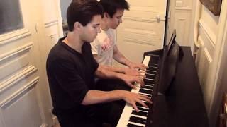 getlinkyoutube.com-Clocks - Coldplay Piano Cover Four hands
