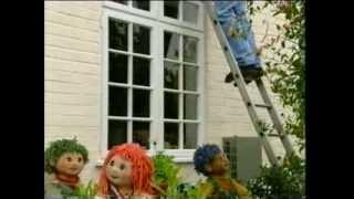 getlinkyoutube.com-Tots TV - Cleaning Windows