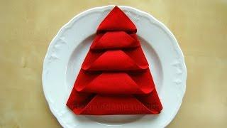 getlinkyoutube.com-Servietten falten: Weihnachten - Tanne - Tischdeko Weihnachten - Origami mit Servietten - DIY