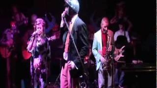 getlinkyoutube.com-Walk Of Shame by Colonel Mustard & The Dijon 5 live at Pivo Pivo