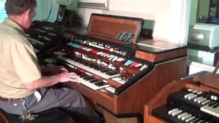 getlinkyoutube.com-Hammond Elegante at Keyboard Exchange International