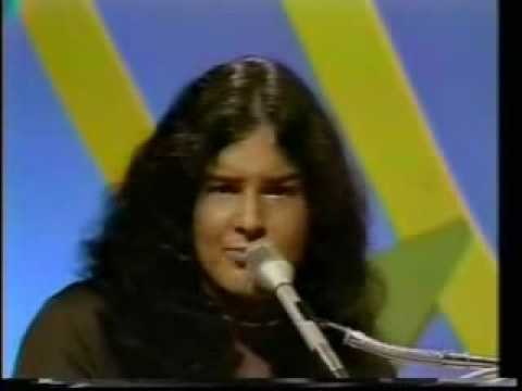 The Guess Who - Share The Land Live
