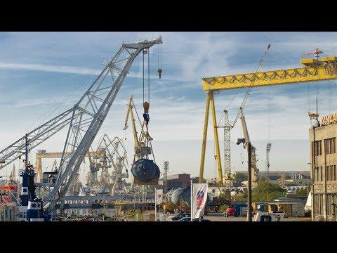 Click to view video MV Komet III + Lodbrok Floating Crane + Cargo 4x 90 Tons