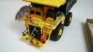 getlinkyoutube.com-Lego Technic Motorized Komatsu 930e Dump Truck