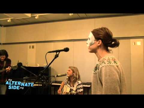 "Thumbnail image for 'Grouplove - ""Naked Kids"" (Live at WFUV/The Alternate Side)'"