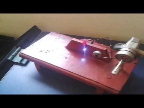 como fazer um gerador de energia caseiro