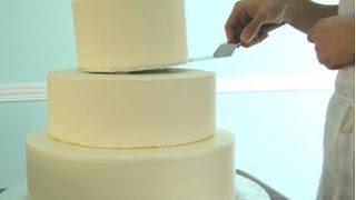 Cómo Montar y Asegurar Un Pastel De Pisos Muy Fácil !! - Madelin's Cakes