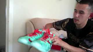 "getlinkyoutube.com-Nike Lebron 11 ""Christmas"" Unboxing & Review"