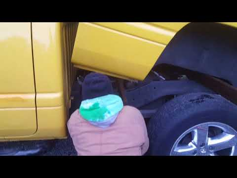 How to install / replace fuel pump 1999 Dodge Ram 1500 Замена бензонасоса на Додж Рем 1500