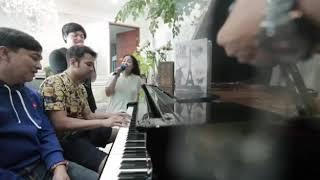 Nagita Slavina Feat Arsy Widianto (Nembak)