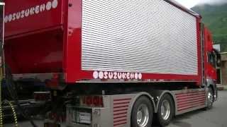 getlinkyoutube.com-安曇野急行 2013秋のトラック祭  鈴健興業 クオン フルトレーラー デコトラ MAN