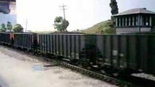 getlinkyoutube.com-Long and very heavy ho coal train.