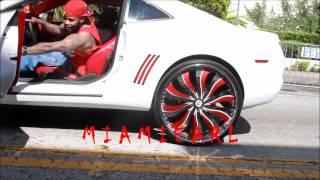 "getlinkyoutube.com-Blue Mustang on 26's, Challenger on 28"" DUBS, Camaro on 28"" Forgiato Memorial Day Weekend 2012"