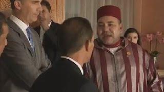 getlinkyoutube.com-فيديو مسرب: محمد السادس يتكلم و يتناقش