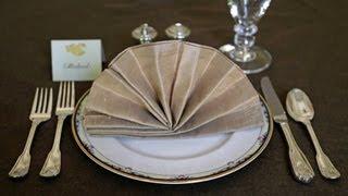 getlinkyoutube.com-Napkin Folding - Fancy Fan