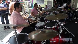 getlinkyoutube.com-Dato Hattan and Harry Aziz drum Cover Kamelia